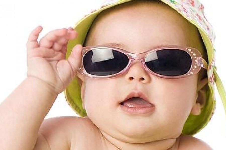 El correcto uso de la gafa de sol en bebés y niños